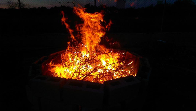 bonfire in Spain volunteer